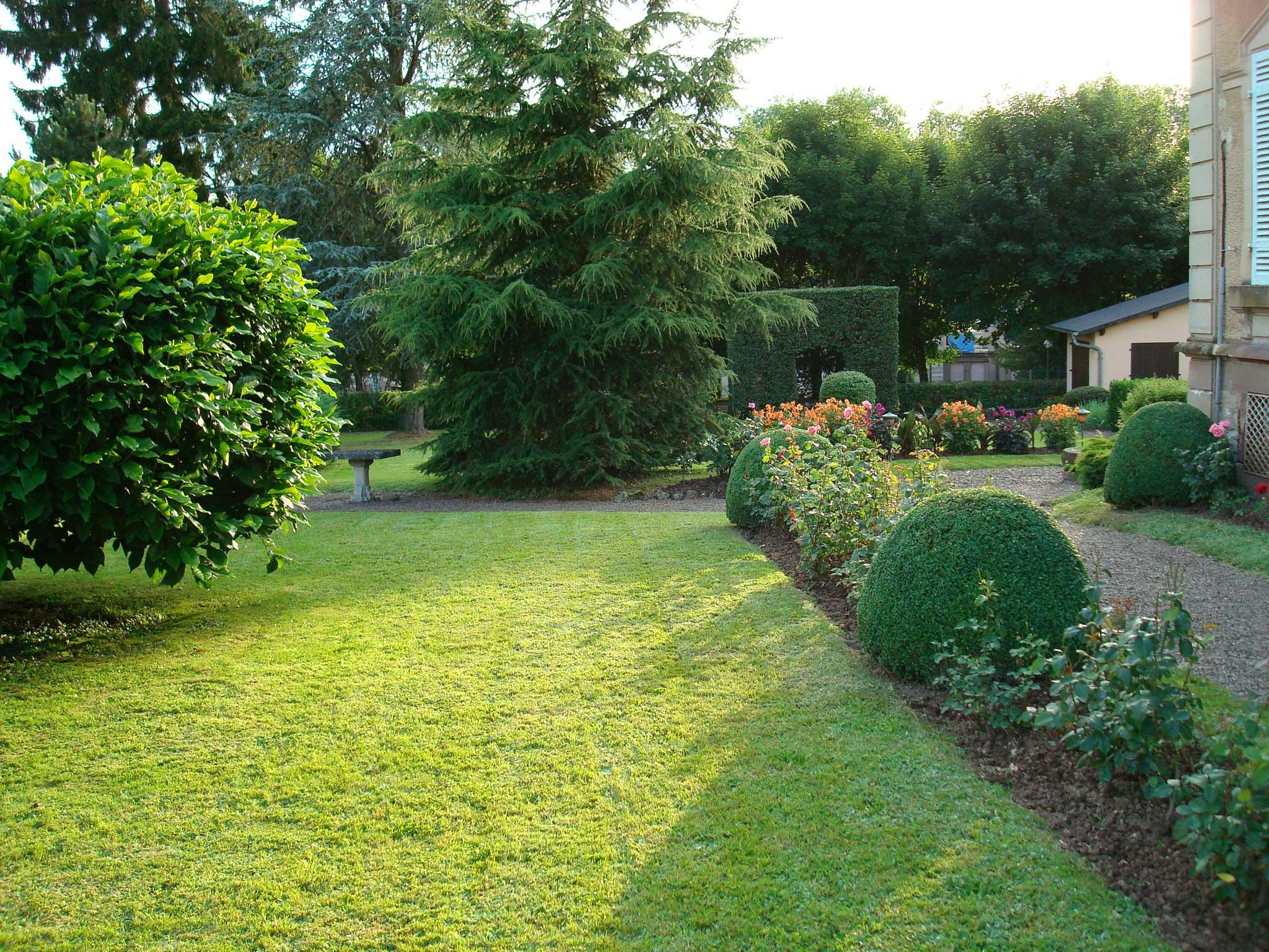 Nos r alisations paysagiste bcs paysage for Entretien jardin guidel